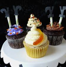 Halloween Witch Cakes by Cupcakes