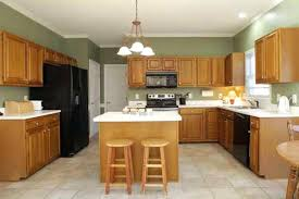 Oak Kitchen Cabinets And Wall Color Kitchen Oak Cabinet Wheelracer Info