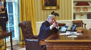 obama at desk is trump tweeting from a u0027secure u0027 smartphone the white house won