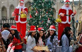 day in pics 25th december zee news