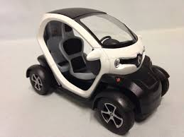 twizy renault renault twizy 1 18 scale diecast car pull back action by kinsfun
