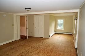 Laminate Flooring Portsmouth 271 Portsmouth Avenue Stratham Nh 03885 In Rockingham County Mls