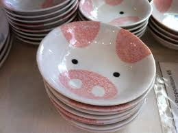pig bowls i have several of these yes i u0027m an anything
