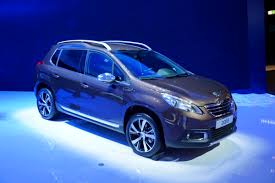 new peugeot small car peugeot joins the small cuv bandwagon with new 2008 photos u0026 videos