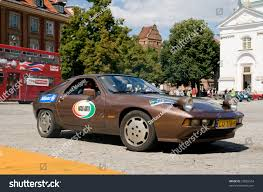 old porsche 928 warsaw july 7 1977 porsche 928 stock photo 22082554 shutterstock