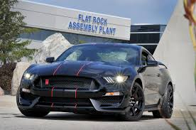 2015 Mustang Gt Black On Black 2015 Ford Shelby Gt350 Mustang Begins Production In Flat Rock