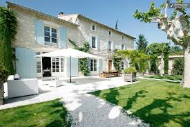 photos of two large farmhouses within walking distance of st remy