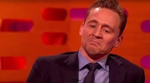 sedere rotto tom hiddleston suo il pi禮 bel sedere dell anno movieplayer it