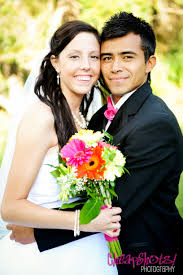 www wedding comaffordable photographers and groom up wedding poses pink lime green and