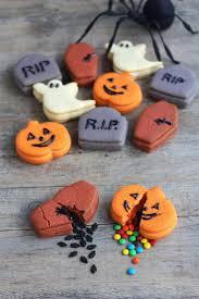 breakopen halloween cookies 14 wicked halloween desserts to cast