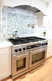 kitchen stove backsplash ideas tile ideas for behind the range