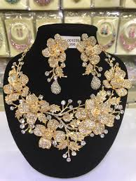 flower necklace earrings images Luxury gold wedding flower necklace earrings set chunky statement jpg