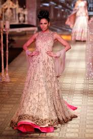 30 royal indian wedding dresses cant get better than this manish