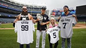 Aaron Judge Joins An Exclusive Club Of Yankees All Stars Pinstripe - aaron judge gets dwarfed for once as wwe stars present him with a