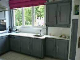 peindre une cuisine en bois peindre cuisine bois inspirational repeindre meuble cuisine bois