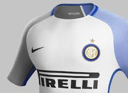 inter 17 18 away kit released soccerkp sooccerxp football boots just as last season s away kit the new inter 2017 2018 away kit combines the main color white with black and blue applications inter s famous colors