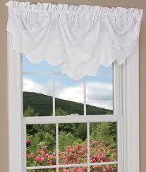Kitchen Valance Curtains by 18 Best Curtains Valances Images On Pinterest Curtain Valances