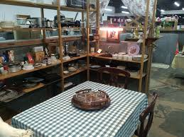 collectibles antique vintage marketplace general store