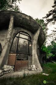 Hobbit Homes For Sale by 143 Best The Beauty Of Age Images On Pinterest St Louis Schools
