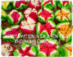cara membuat brownies kukus buah naga i bake so i don t kill people watermelon blooming steamed cupcakes