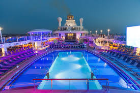 quantum of the seas das pooldeck bei royal caribbean youtube