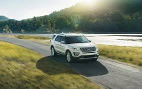Ford Explorer Platinum - 2016 ford explorer platinum gets the best out of the suv u0027s lavish