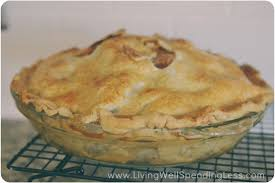 oh so easy caramel apple pie thanksgiving pie recipe