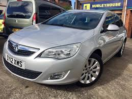 vauxhall grey used vauxhall astra estate 2 0 cdti 16v se 5dr start stop in