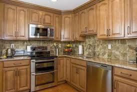 Kitchen Wall Colors With Maple Cabinets What Color Paint Goes Well With Kraftmaid Honey Spice Home
