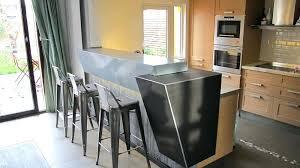 plan de travail cuisine en zinc plaque de zinc pour cuisine un paln de travail digne des bistrots
