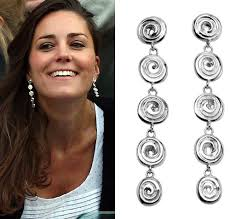 kate middleton s earrings mavros ndoro dangle silver earrings kate middleton