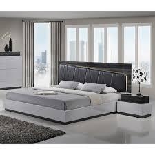 Zebra Bedroom Set Lexi Bedroom Set In Silver Line Zebra Gray Dcg Stores