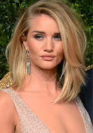 rosie huntington side parted lob rosie huntington whiteley barely avoids wardrobe malfunction