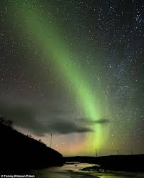 Pictures Of Northern Lights Northern Lights And Milky Way Captured In One Photograph Daily