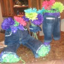centerpiece idea with the denim pants of a child add some bling