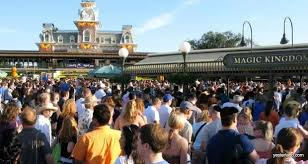 16 busiest days and weekends in disney world