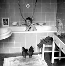 Women Bathtub Lee Miller The Woman In U0027s Bathtub Munich 1945 Time Com