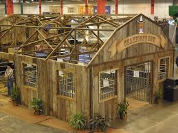 Show Steer Barns Around The Barns At The Houston Livestock Show The Pulse