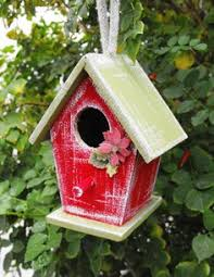 use bird house ornaments to deck your tree