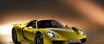 porsche 918 front porsche 918 spyder in yellow color front and side view 2560x1080