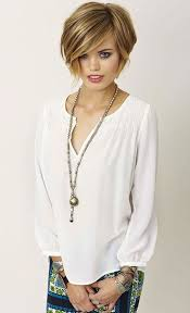 stacked shaggy haircuts 5 trendiest shaggy bob haircuts of the season hairstyle insider