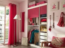 rideaux pour placard de chambre nos meilleures astuces pour bien organiser placard placards