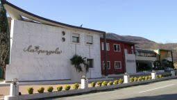 Hotel La Pergola by Hotel La Pergola 3 Star Hotel In Grezzana Veneto