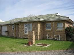 2 Bedroom Flat To Rent In Port Elizabeth Lorraine Very Neat 2 Bedroom Apartment For Rent Port Elizabeth