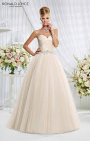 wedding shop uk ronald joyce international wedding dresses and bridal gowns