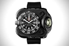 Best Rugged Work Watches Military Time The 15 Best Tactical Watches Hiconsumption
