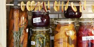 bocaux decoration cuisine tendance 5 façons d adopter un bocal en verre dans votre déco