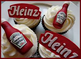 ketchup keychain ketchup bottle cake gumpaste ketchup bottles and logos groom u0027s