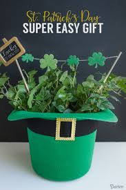 s day decor 25 best diy st s day decorations and ideas for 2018