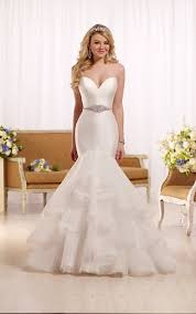 Wedding Dress Gallery Fit And Flare Bridal Gown Bridalpulse Wedding Dress Gallery